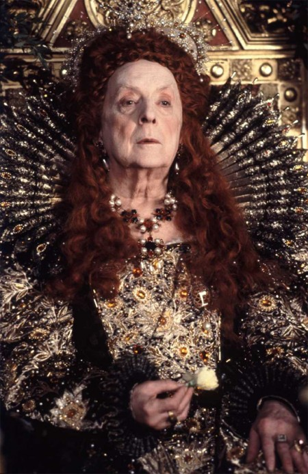 Quentin Crisp as Elizabeth I in the film, Orlando